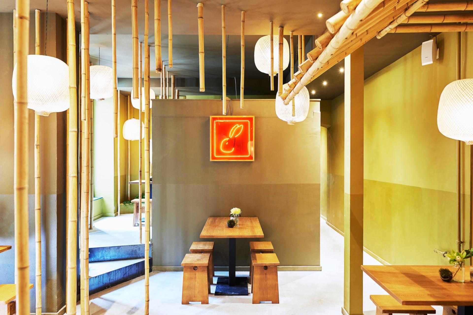 Interieurfotografie und Ausstellungsansichten aus Berlin Restaurant Con Tho Berlin
